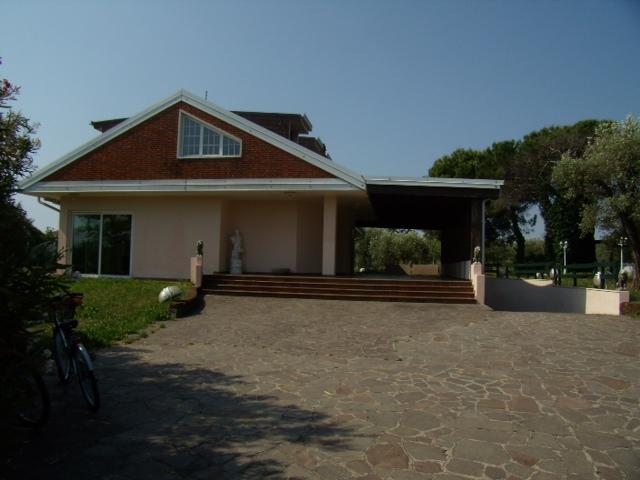 Una casa all'americana in Italia, che garantisce un nostro NPL